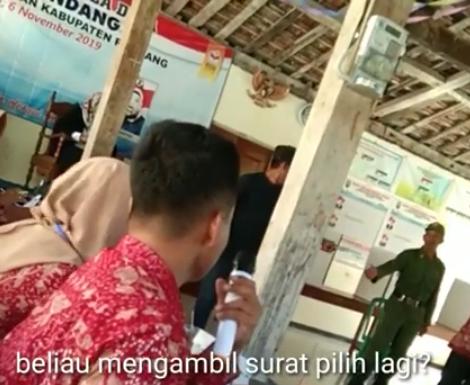 Video Pilkades Sendang : Panitia Berikan Penjelasan, Yang Dibagi Bukan Uang Tapi…