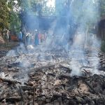 Kebakaran rumah di Desa Ngemplakrejo, Kec. Pamotan, Selasa siang (10/12).