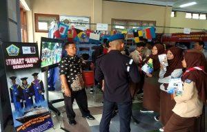 Pameran perguruan tinggi di gedung Balai Kartini, Jum'at (10/01).