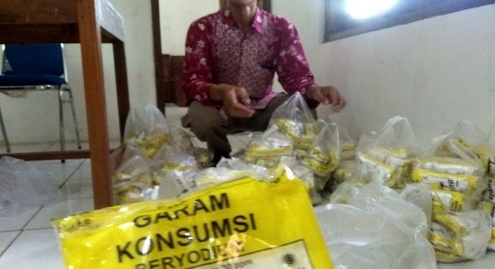 Garam pun Disediakan Gratis Oleh Pihak Desa, Ini Tujuannya