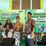 Bupati Rembang, Abdul Hafidz hadir dalam kegiatan Bupati Mengajar di SMA N I Sulang, Jum'at (14/02).