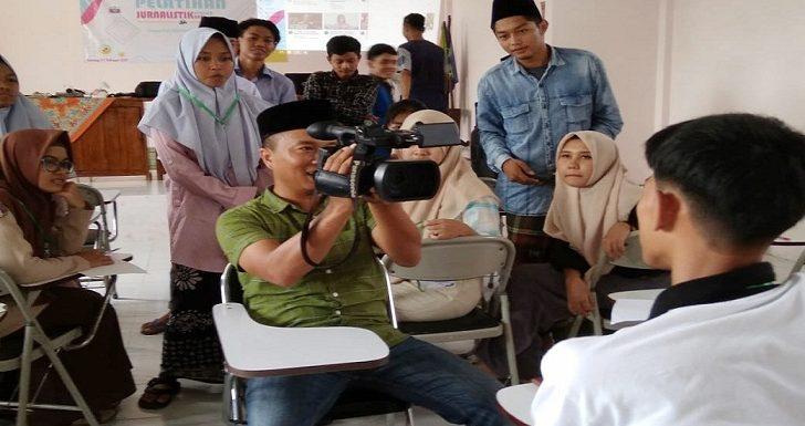 Budayakan Jurnalistik, STAI Al Kamal Punya Target