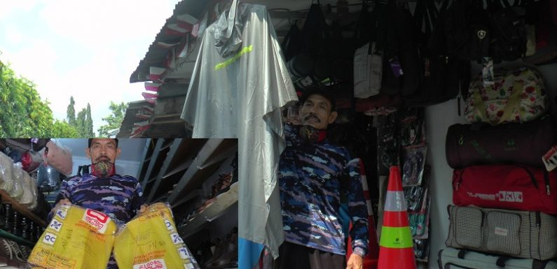 Imbas Corona, Bedanya Pedagang Tempe Dengan Penjual Jas Hujan