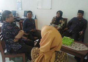 Komisi IV DPRD Rembang saat melakukan monitoring kesiapan rumah sakit umum daerah (RSUD) dr. R. Soetrasno, menghadapi pandemi corona.