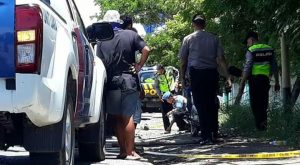 Polisi menggelar olah TKP di lokasi kecelakaan jalur Pantura Desa Tambakagung Kecamatan Kaliori. (SC FB).