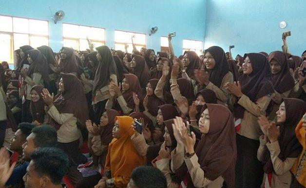 Untuk Masalah Ini, SMA N I Kragan Minta Bantuan Pihak Desa