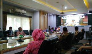 Suasana video conference dengan OJK di ruang rapat Bupati Rembang, Kamis (16 April 2020).