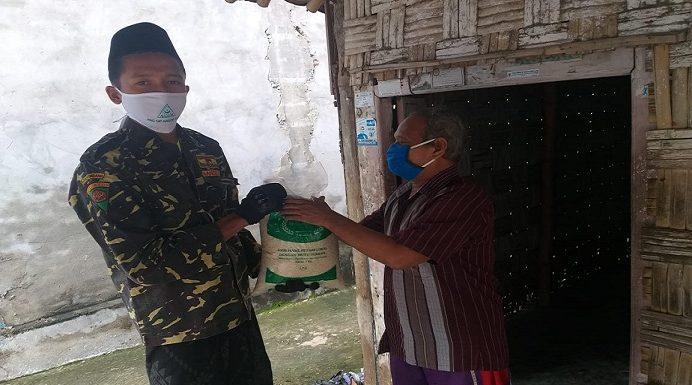 GP Ansor Bagikan Beras Kemanusiaan, Buka Sumbangan Dari Masyarakat