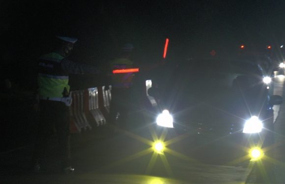 Breaking News : Pantura Kaliori Diperketat, Banyak Mobil Diduga Pemudik Harus Putar Balik