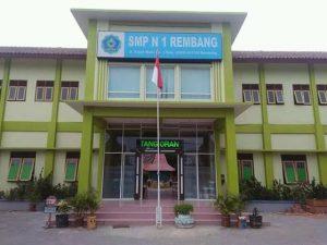Salah satu sekolah SMP di Rembang. (smp1rembang.sch.id).