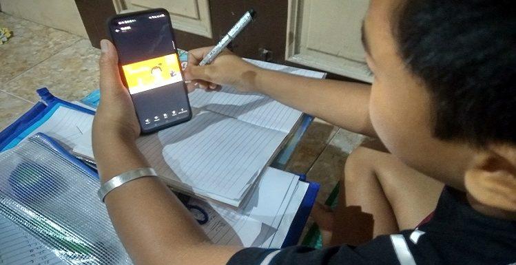 Orang Tua Ikut Stres, Dinas Pendidikan Sebut Dana BOS Bisa Untuk Beli Kuota Internet
