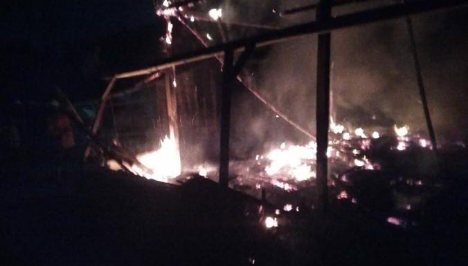 Kebakaran Ludeskan 2 Rumah, Warga Diingatkan Hindari Laporan Berantai