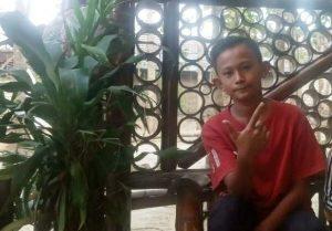 Muhammad Irfan Ma'ruf. Kaos merah ini yang dipakai saat pergi.