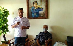 Sekretaris PWI Jawa Tengah, Isdiyanto Isman membeberkan regulasi ketentuan konferensi, saat berada di Rembang, belum lama ini.