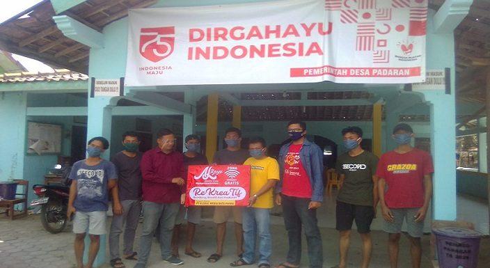 Jualan Kaos Berbuah Wifi Gratis, Bantu Pelajar Di Desa Merah
