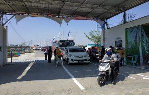 Pantai Karangjahe Desa Punjulharjo, Rembang sudah mulai buka kembali.