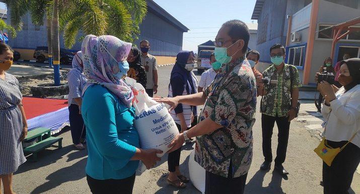 Selama 3 Bulan Penerima PKH Dibantu Beras, PJS Bupati Sampaikan Pesan Tegas
