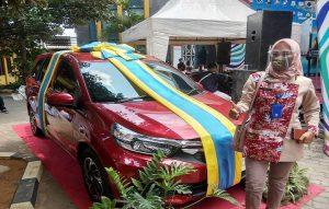 Hadiah utama undian Tamades PD BPR BKK Lasem, Honda Mobilio.