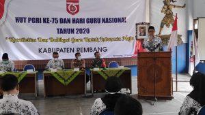 Pejabat Sementara Bupati Rembang, Imam Maskur, Jum'at pagi (27/11) hadir di tengah perayaan HUT PGRI.