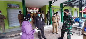 Pejabat Sementara Bupati Rembang, Imam Maskur bersama Forkopimda mengecek 3 pasar di Kecamatan Sumber, Senin (16/11).
