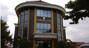 PT BPR BKK Lasem, bertugas menyalurkan kredit mikro bangkit.