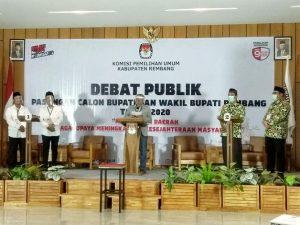 Calon Bupati dan Wakil Bupati Rembang, ketika mengikuti debat publik, beberapa waktu lalu.