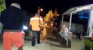 Banjir melanda sejumlah desa di Kecamatan Sarang, Sabtu malam (09/01).