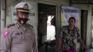 Kaur Binops Satlantas Polres Rembang, Iptu Joko Wuryatmo, Jum'at pagi (22/01) menyampaikan pesan kepada warga dan pegawai SPBU, lekas melapor jika ada aksi balapan liar.