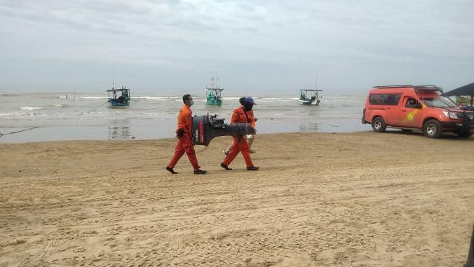 Cari Korban Hilang, Tim SAR Gabungan Fokus Di Pantai Karangjahe