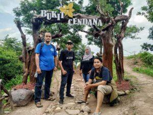 Serba-serbi pengunjung berada di Bukit Cendana Desa Candimulyo, Kecamatan Sedan.