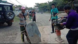 Perbaikan jalan antara Lasem – Pamotan, diprakarsai GPK Kabupaten Rembang.