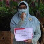 Pengasuh Ponpes Alhamdulillah Desa Kemadu, Kecamatan Sulang, Ibu Nyai Hj. Rohmawati Syahid.