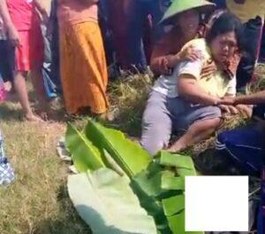 Korban meninggal dunia, akibat tenggelam di Embung Dusun Semangkon, Desa Tempaling, Kecamatan Pamotan, Senin (10/05).