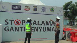 Suasana Pos Sarang di jalur Pantura perbatasan Jawa Tengah dan Jawa Timur.