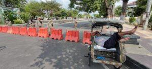 Alun-Alun Rembang ditutup sementara.