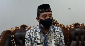 Bupati Rembang, Abdul Hafidz. (Foto atas) Suasana pisah sambut Kapolres Rembang di pendopo Museum Kartini, Rabu malam (28/07).