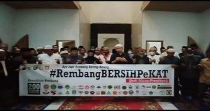 Perwakilan berbagai elemen dan tokoh ulama mendeklarasikan #RembangBersihPekat di Lasem.
