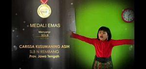 Carissa Kusumaning Asih, menyabet medali emas dalam ajang Festival Dan Lomba Seni Siswa Nasional (FLS2N).